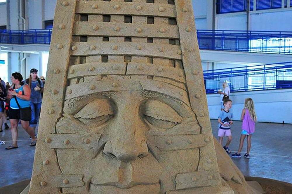 US Sand Sculpting Challenge & Dimensional Art Expo