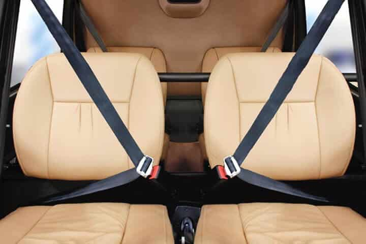 R44 interior seats